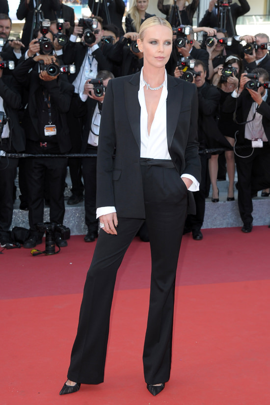 "Cannes 2016: Charlize Theron in Dior Couture at ""The Last ..."