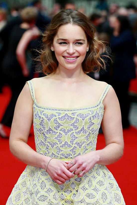 Emilia-Clarke-Me-Before-You-London-Premiere-Red-Carpet-Fashion-Ulyanna-Sergeenko-Couture-Tom-Lorenzo-Site (3)