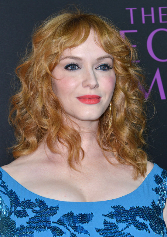 Christina-Hendricks-The-Neon-Demon-Los-Angeles-Movie-Premiere-Red-Carpet-Fashion-Jenny-Packham-Anya-Hindmarch-Tom-Lorenzo-Site (3)