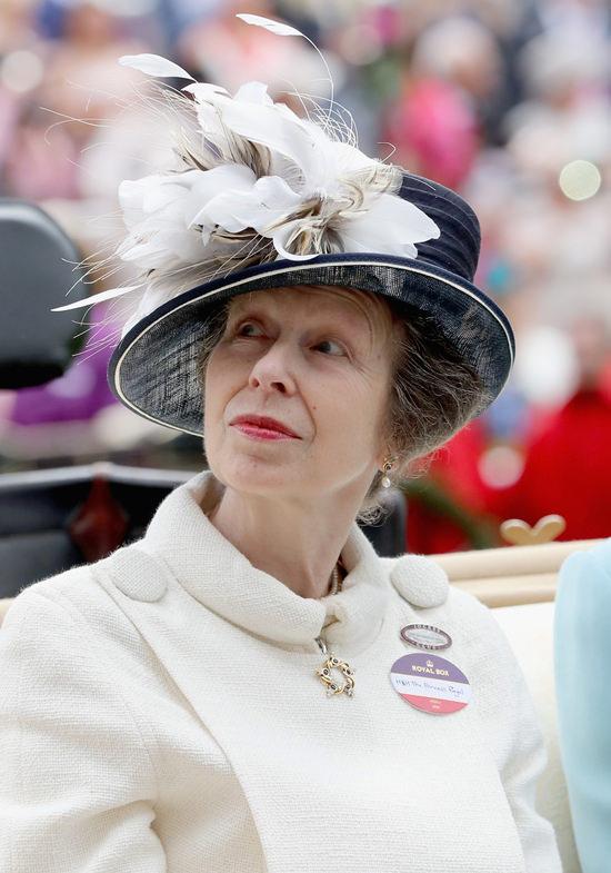 Royal-Ascot-2016-Hats-Tom-Lorenzo-Site (15)