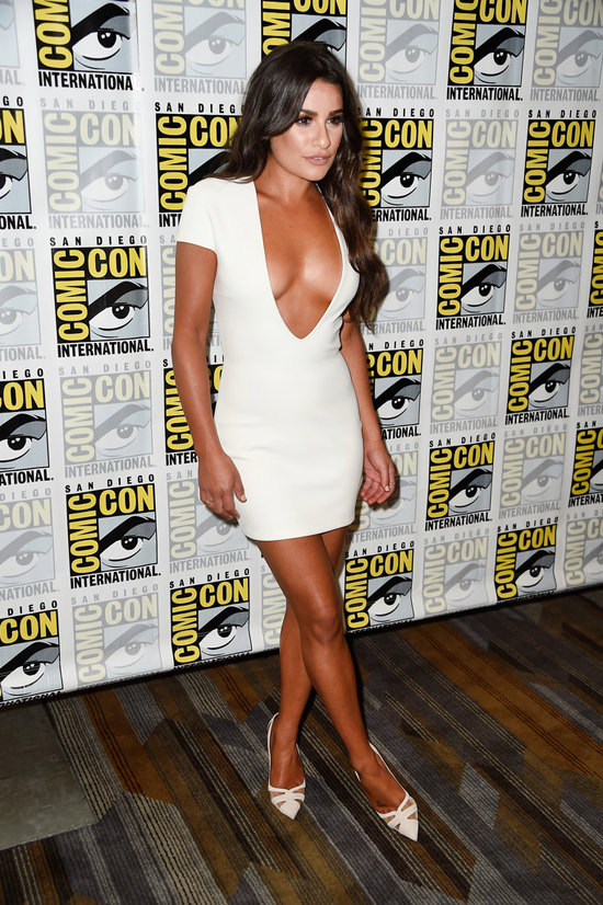 Lea-Michele-Scream-Queens-Press-Line-Comic-Con-2016-Red-Carpet-Fashion-Solace-London-Tom-Lorenzo-Site (4)