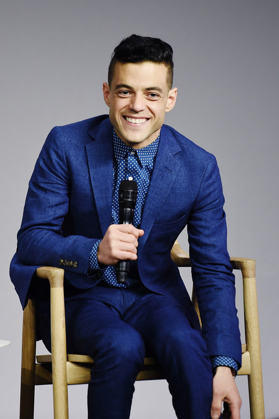Rami-Malek-Meet-The-Actor-Apple-Store-Event-Fashion-Strong-Suit-Tom-Lorenzo-Site (5)
