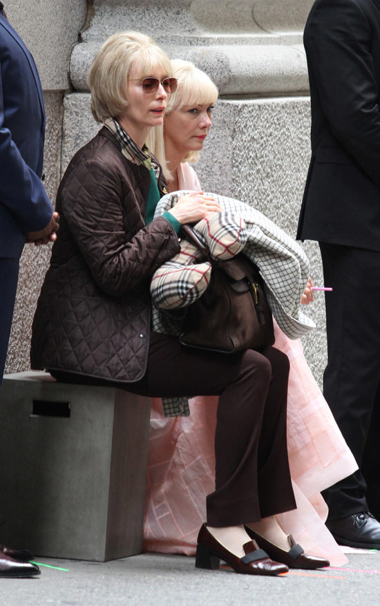 Tilda-Swinton-Okja-PTSBQJGB-Movie-Set-Tom-Lorenzo-Site (12)