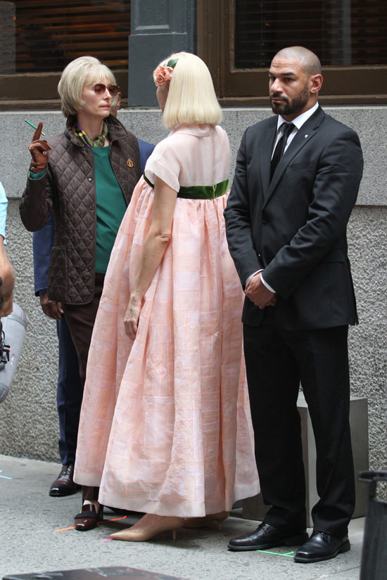 Tilda-Swinton-Okja-PTSBQJGB-Movie-Set-Tom-Lorenzo-Site (2)