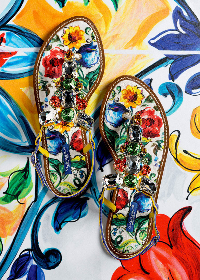 Dolce-Gabbana-Majolica-Accessories-Collection-Fashion-Bags-Shoes-Trends-Tom-Lorenzo-Site (13)