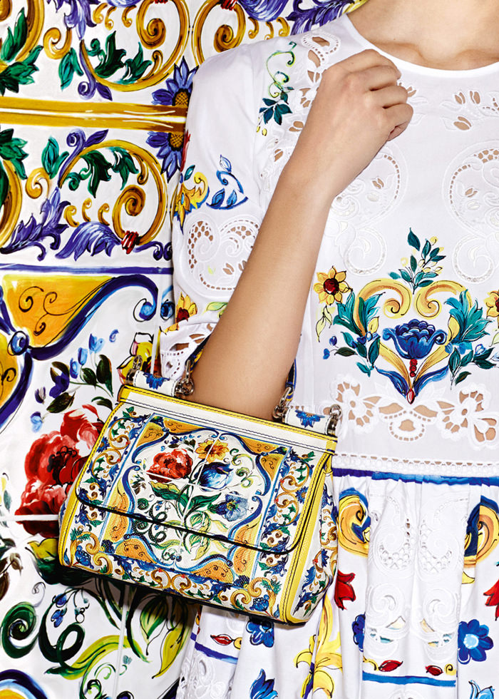 Dolce-Gabbana-Majolica-Accessories-Collection-Fashion-Bags-Shoes-Trends-Tom-Lorenzo-Site (2)