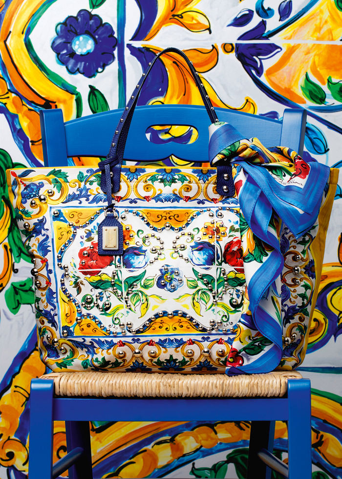 Dolce-Gabbana-Majolica-Accessories-Collection-Fashion-Bags-Shoes-Trends-Tom-Lorenzo-Site (5)