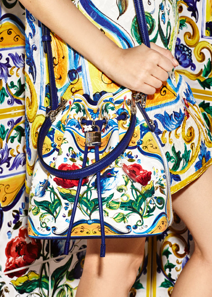 Dolce-Gabbana-Majolica-Accessories-Collection-Fashion-Bags-Shoes-Trends-Tom-Lorenzo-Site (6)
