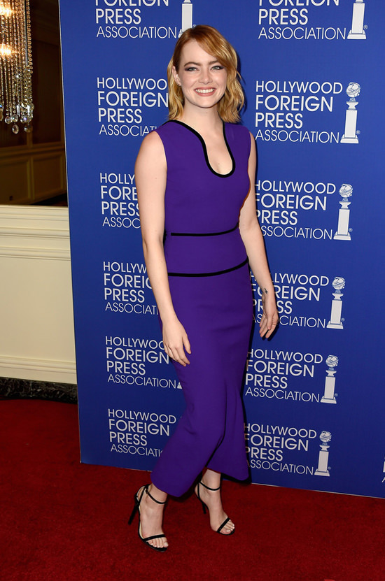 Emma-Stone-Hollywood-Foreign-Press-Association-Grants-Banquet-Red-Carpet-Fashion-Roland-Mouret-Tom-Lorenzo-Site (5)