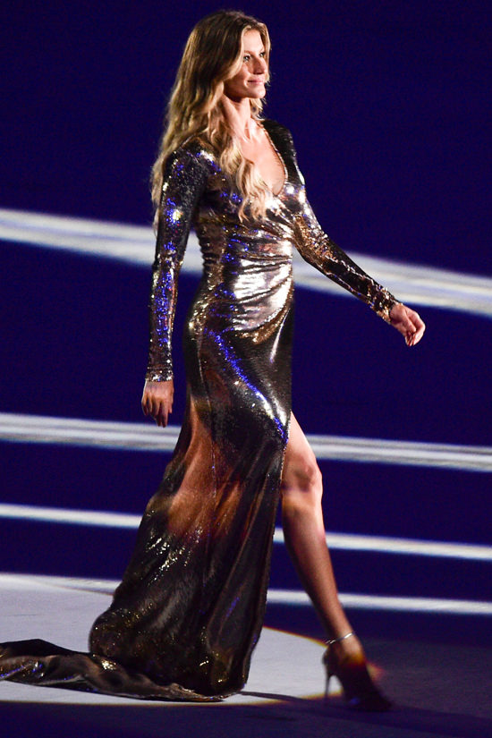 Gisele-Budchen-Rio-2016-Opening-Ceremony-Olympic-Games-Fashion-Alexandre-Herchcovitch-Tom-Lorenzo-Site (2)