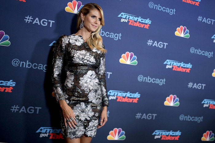 Heidi-Klum-America's-Got-Talent-Season-11-Live-Show-Red-Carpet-Fashion-Tom-Lorenzo-Site (5)
