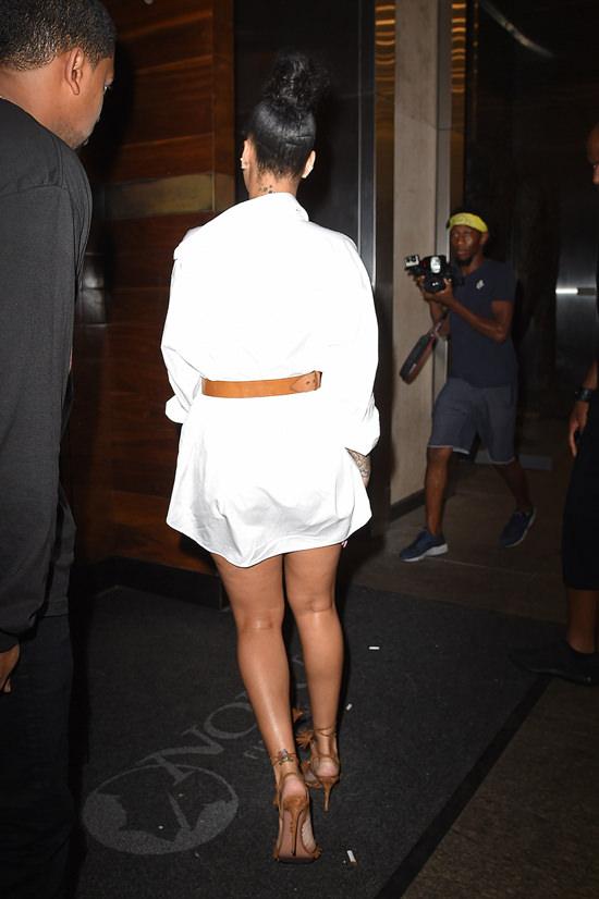 Rihanna-Drake-GOTSNYC-Street-Style-Tom-Lorenzo-Site (12)
