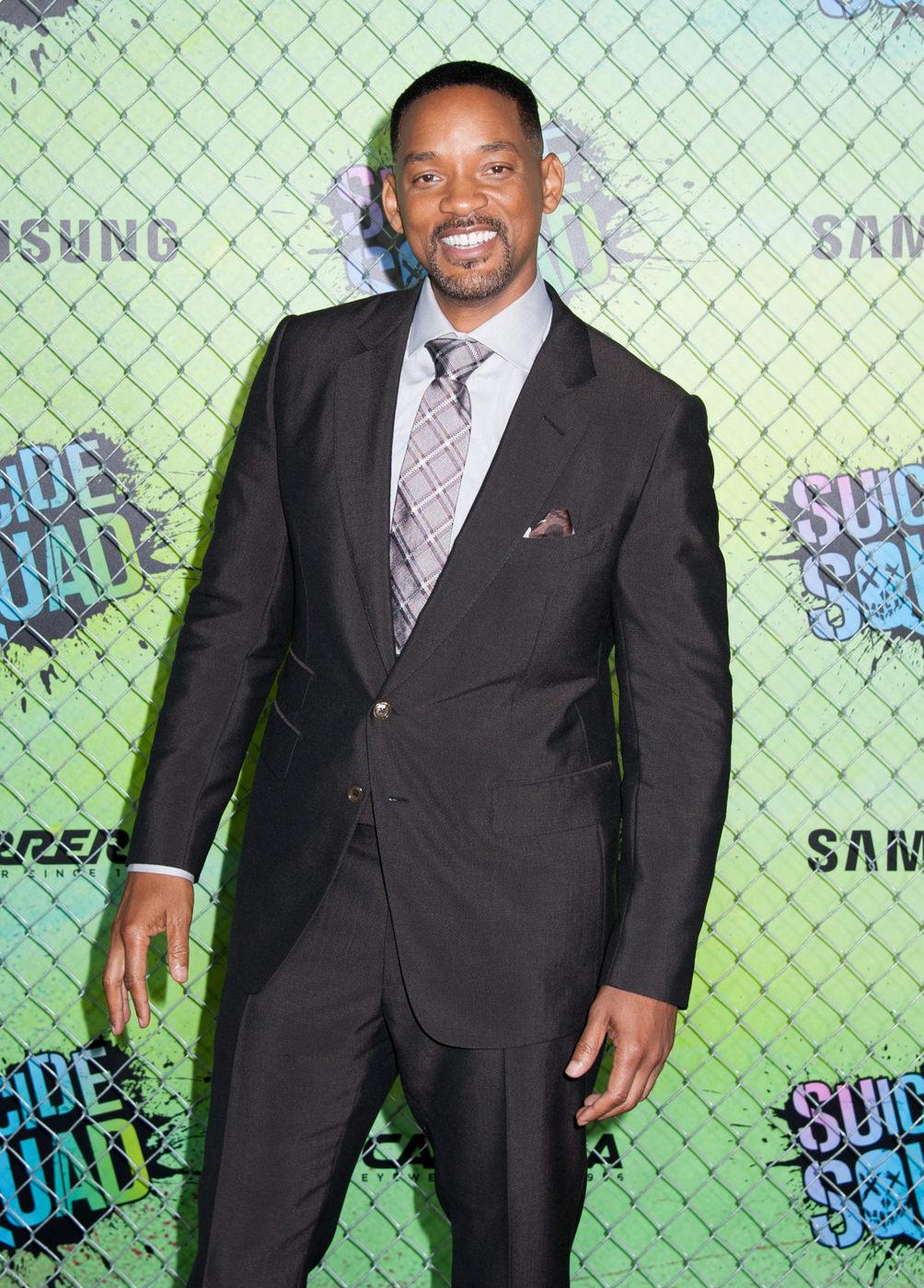 Will-Smith-Suicide-Squad-Movie-World-Premiere-Red-Carpet-Fashion-Tom-Ford-Tom-Lorenzo-Site (1)