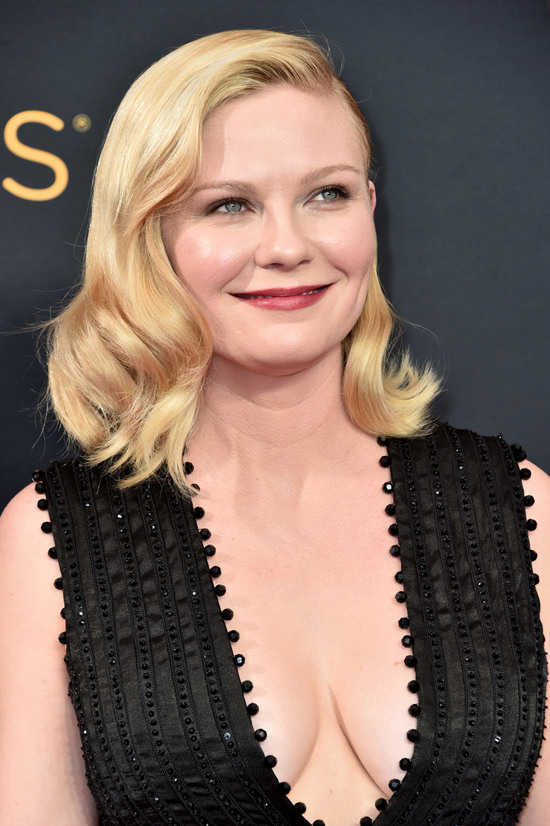 2016 Emmys Kirsten Dunst In Givenchy Couture Tom Lorenzo