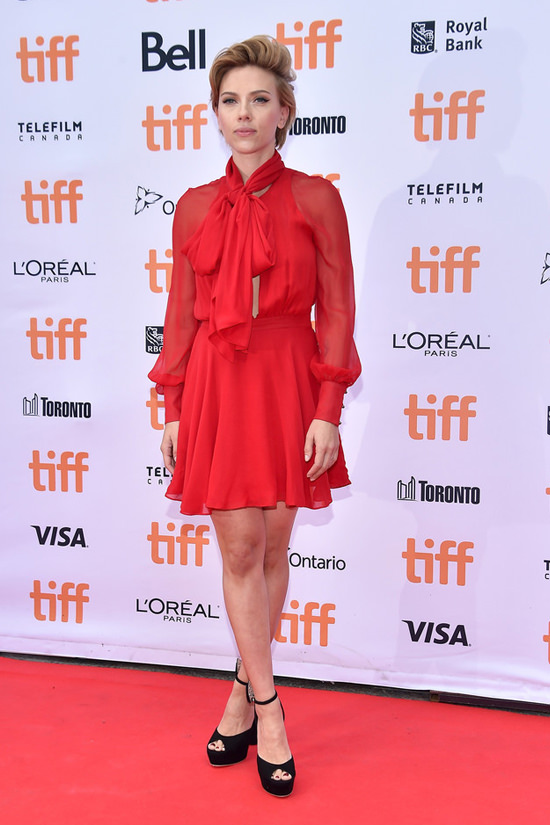 scarlett-johansson-2016-toronto-international-film-festival-red-carpet-fashion-haney-tom-lorenzo-site-2