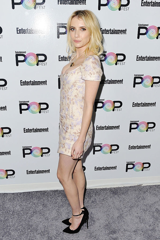 emma-roberts-ewpopfest-2016-red-carpet-fashion-tom-lorenzo-site-5