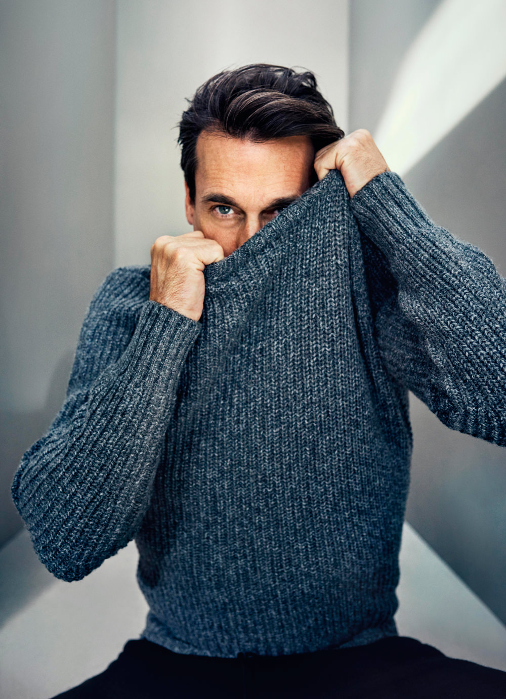 jon-hamm-mad-men-keeping-up-with-the-joneses-mr-porter-the-journal-style-guide-editorial-tom-lorenzo-site-1
