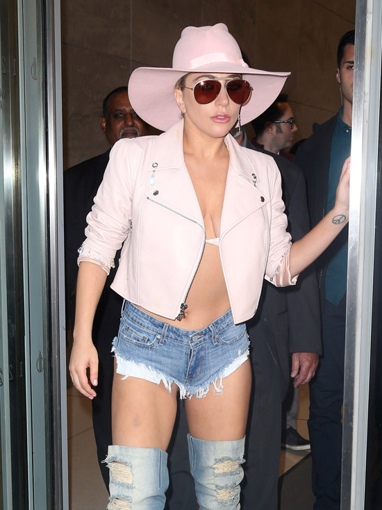 October 24, 2016: Lady Gaga at The Howard Stern Show in New York City. Mandatory Credit: Dara Kushner/INFphoto.com Ref.: infusny-05/42