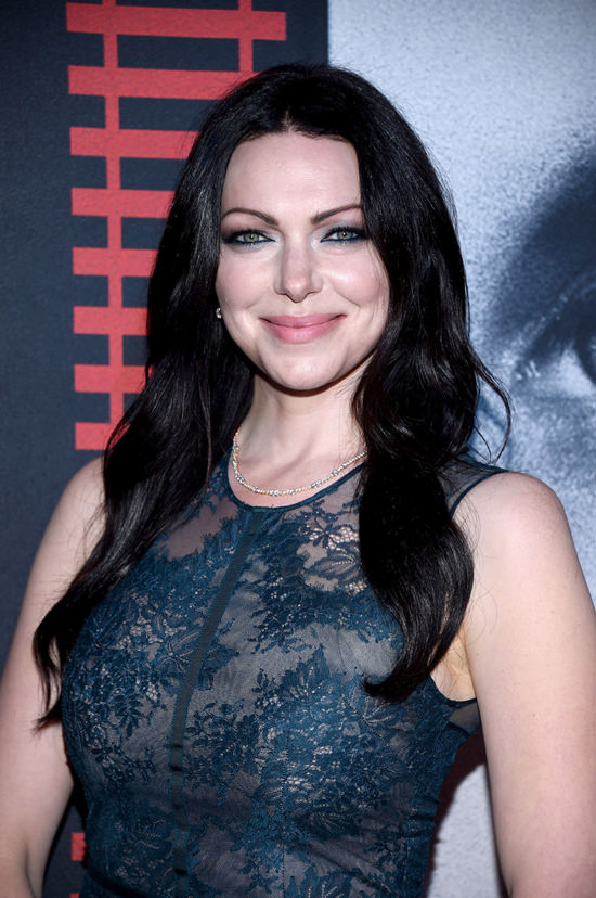 laura-prepon-ben-foster-the-girl-on-the-train-red-carpet-fashion-tom-lorenzo-site-5