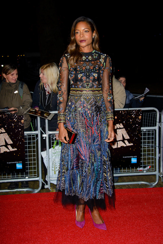 naomie-harris-2016-bfi-london-film-festival-red-carpet-fashion-valentino-tom-lorenzo-site-3