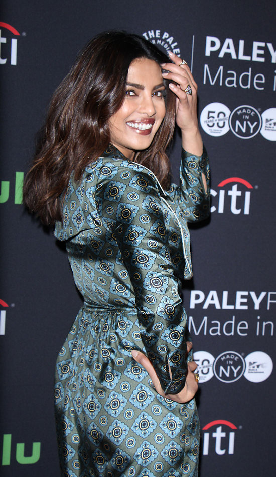 priyanka-chopra-quantico-paleyfest-new-york-2016-red-carpet-fashion-burberry-barneys-tom-lorenzo-site-5