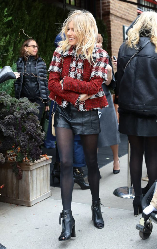 Sienna Miller Greets The Chilly Nyc Weather In Chanel