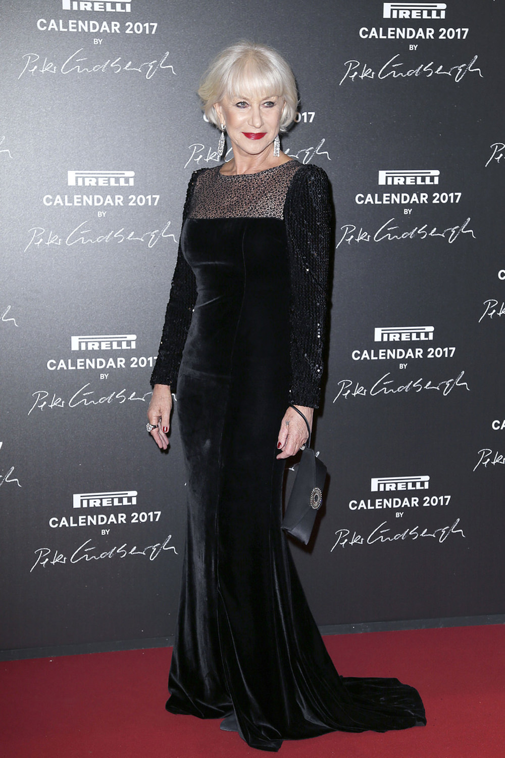 helen-mirren-pirelli-2017-calendar-launch-red-carpet-fashion-jacques-aazagury-tom-lorenzo-site-1