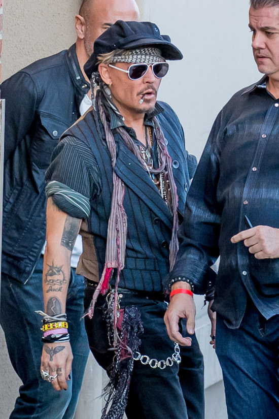 Everyone 39 S First Ex Boyfriend Johnny Depp Performs At
