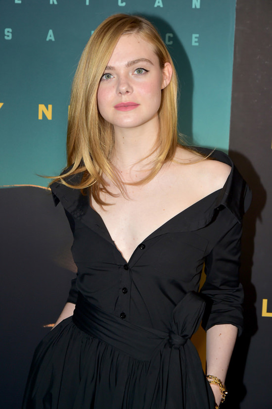 elle-fanning-live-by-night-new-york-screening-red-carpet-fashion-carolina-herrera-tom-lorenzo-site-3