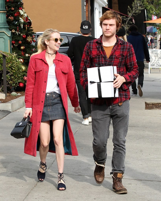 emma-roberts-evan-peters-sbtupss-street-style-fashion-tom-lorenzo-site-2