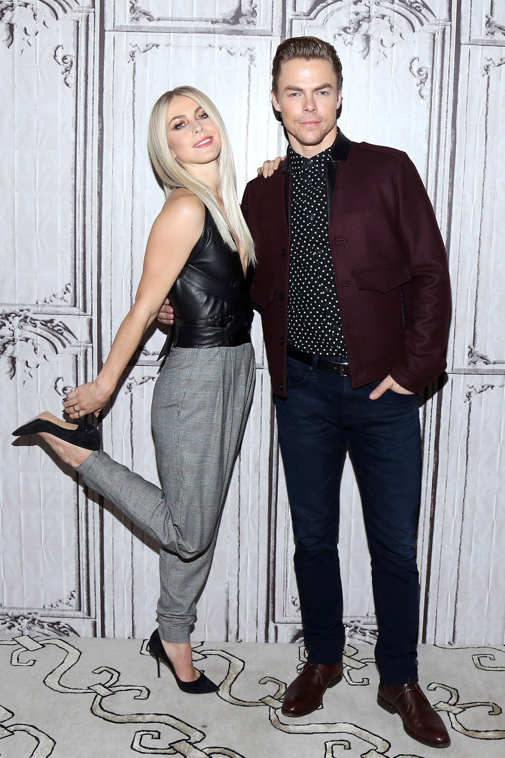 julianne-hough-derek-hough-build-series-event-red-carpet-fashion-tom-lorenzo-site-1