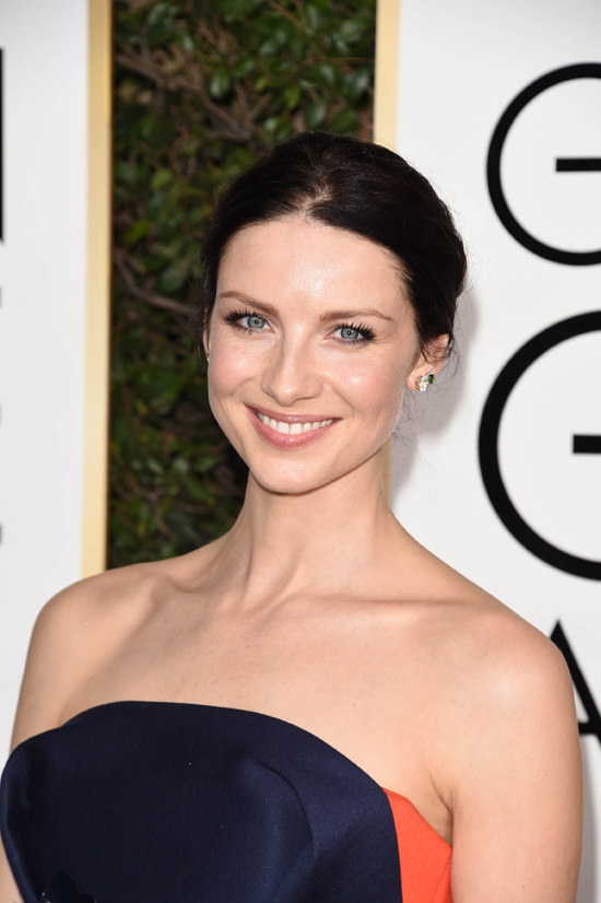 caitriona-balfe-outlander-2017-golden-globe-awards-red-carpet-fashion-delpozo-tom-lorenzo-site-3