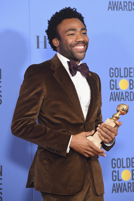 donald-glover-atlanta-2017-golden-globe-awards-red-carpet-fashion-gucci-tom-lorenzo-site-6