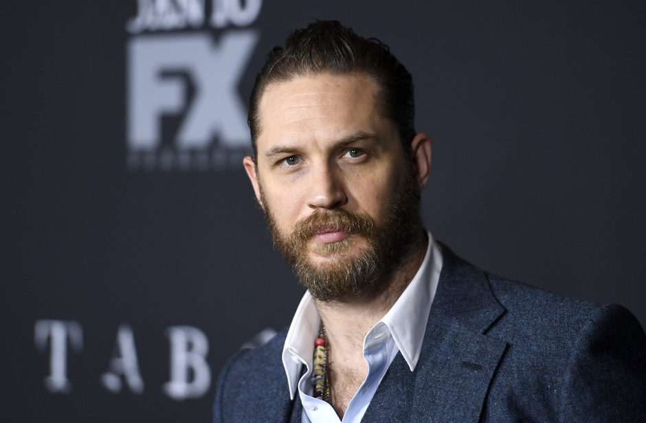 tom-hardy-taboo-fx-tv-seties-premiere-red-carpet-fashion-reeves-tom-lorenzo-site-6