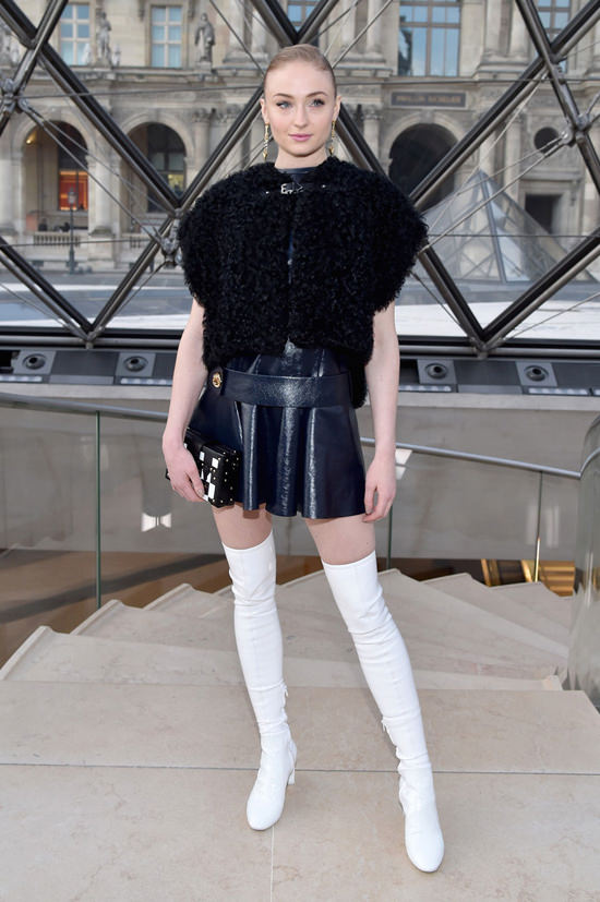 Sophie Turner At The Louis Vuitton Fall 2017 Fashion Show