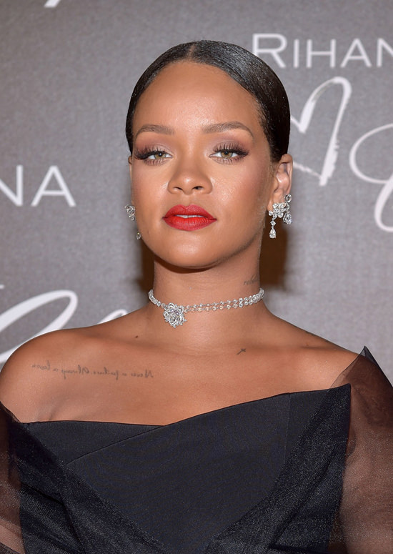 Cannes 2017: Rihanna at the Chopard Dinner is All About Ri ... Rihanna Diamonds