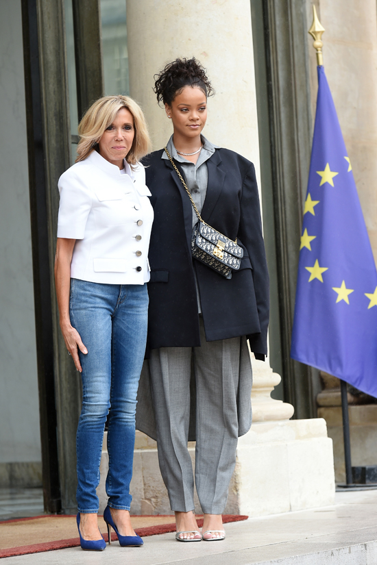 Rihanna Meets France S First Lady Brigitte Macron And