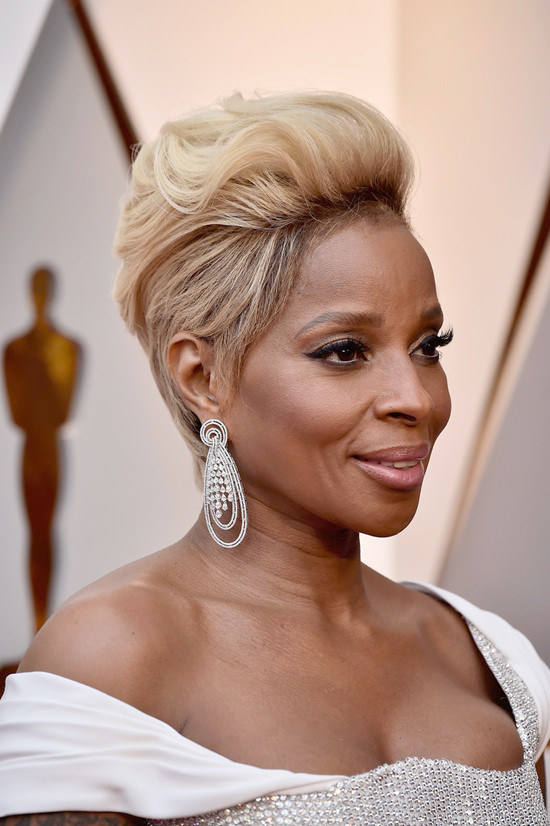 Oscars 2018 Style File Mary J Blige Was Perfection In Atelier