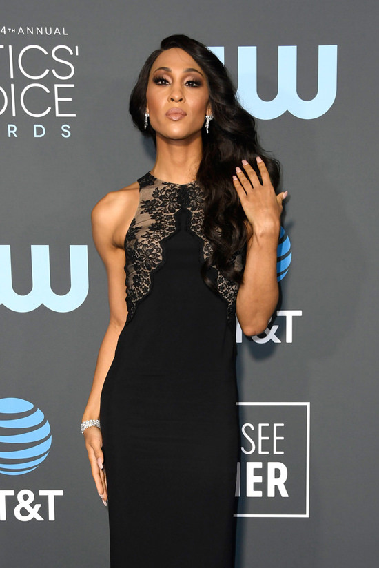 Critics Choice Awards 2019 Quot Pose Quot Ladies Dominique